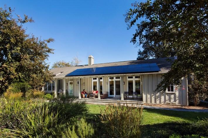 https://newsroom.sunpower.com/residential